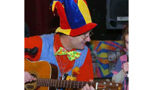 Gloucestershire Wedding & Parties Entertainers / Magicians - The Music Man