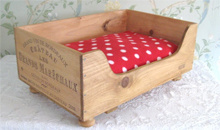 Gloucestershire Shopping Home - Baxter and Snow Wine Box Design