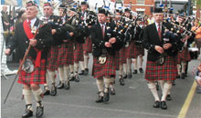 Gloucestershire Leisure Music & Singing - The St Andrews Pipe Band of Cheltenham