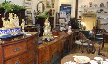 Gloucestershire Shopping Antiques - Cotswold Auction Company