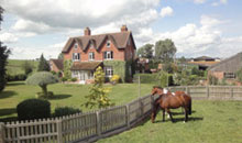 Gloucestershire Visitors B&B Accommodation - Town Street Farm Bed and Breakfast